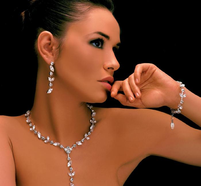 Bijuterii cu cristale Swarovsk