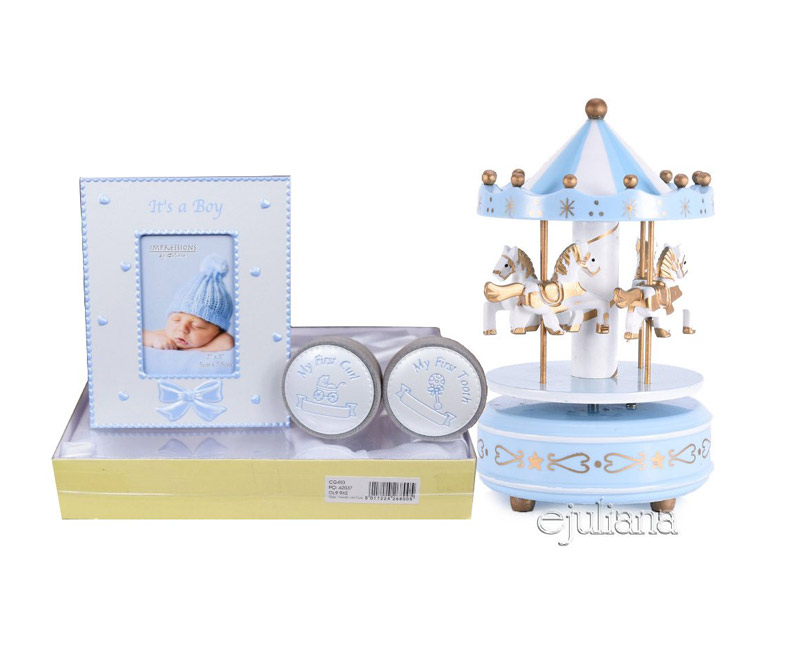 carusel muzical pentru bebelusi cadou de botez pentru baietel