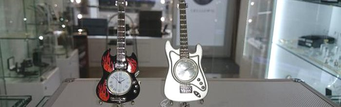 Ceasuri de birou miniaturi chitara
