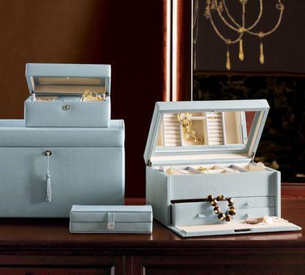caseta de bijuterii pentru femei.