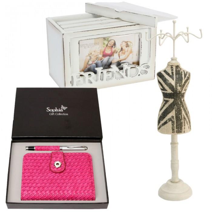 Album foto, set cadou Sohia cu pix si agenda roz si un suport pentru bijuterii