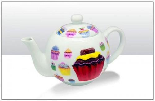 ceainic-cu-briose