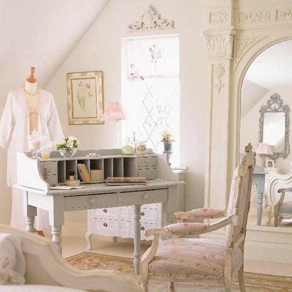 birou-romantic-alb