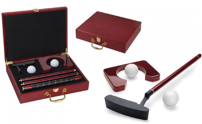 Set de golf de birou in cutie de lemn
