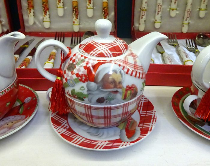 ceainic mos craciun, Cadou de Craciun pentru seara de ajun