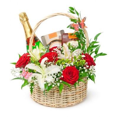 flori-dulciuri-opt-martie