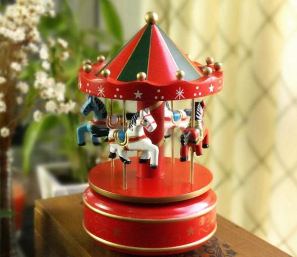 Carusel muzical de craciun pentru bebelusi si copilasi