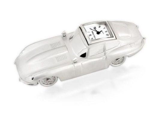 Ceas masina retro argintie in miniatura