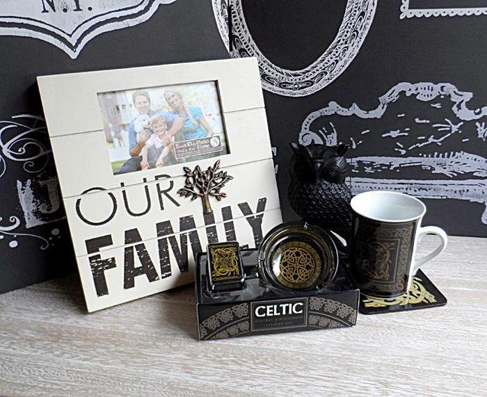 Rama foto family si accesorii de birou.