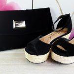 Sandale si plic de catifea neagra