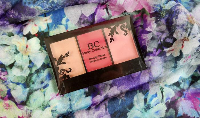 Paleta pentru blush.