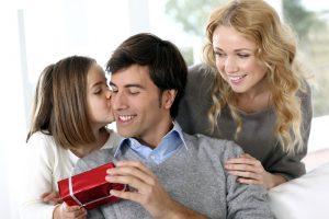 Cadouri pentru tati, cadouri pentru cei dragi