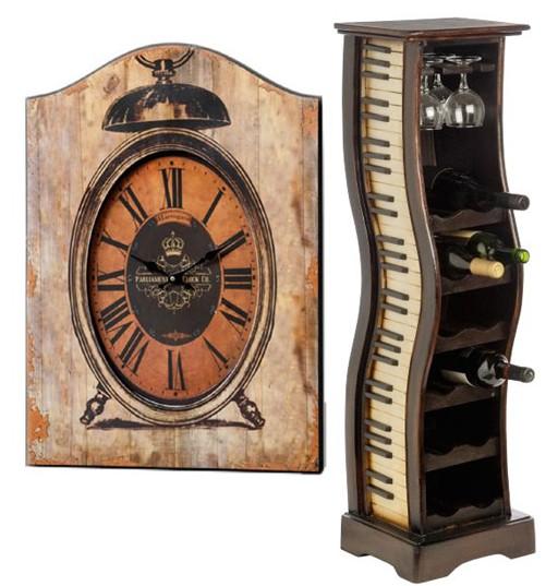 Suport din lemn pentru sticle de vin si ceas de perete.