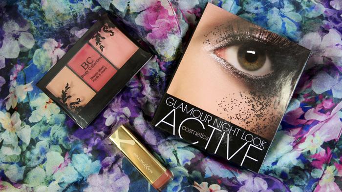 Paleta Active Cosmetics, impreuna cu rujul Max Factor si paleta de blush.