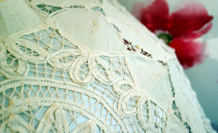 Detaliu material umbrela.de nunta