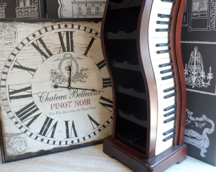 Ceas de perete Pinot Noir si suport sticle de vin decoratiuni pentru bucatarie