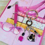 6 lucruri esentiale in geanta unei femei