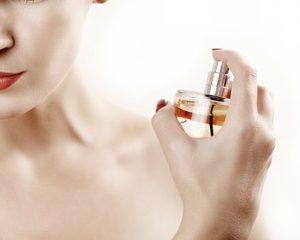 Model parfum.