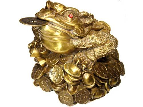 broasca norocoasa cu trei picioareRemedii si amulete norocoase in feng shui