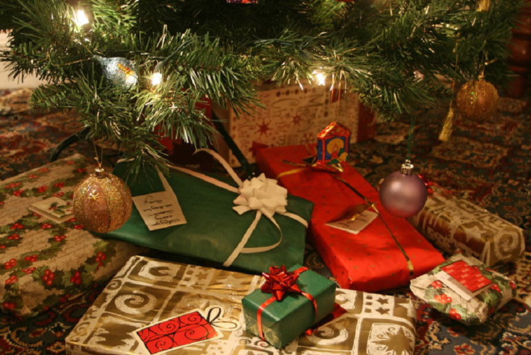 Cadouri de craciun pentru cei dragi
