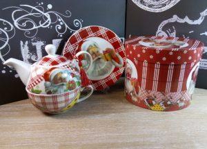 Cadouri de craciun pentru cei dragi, ceainic de craciun