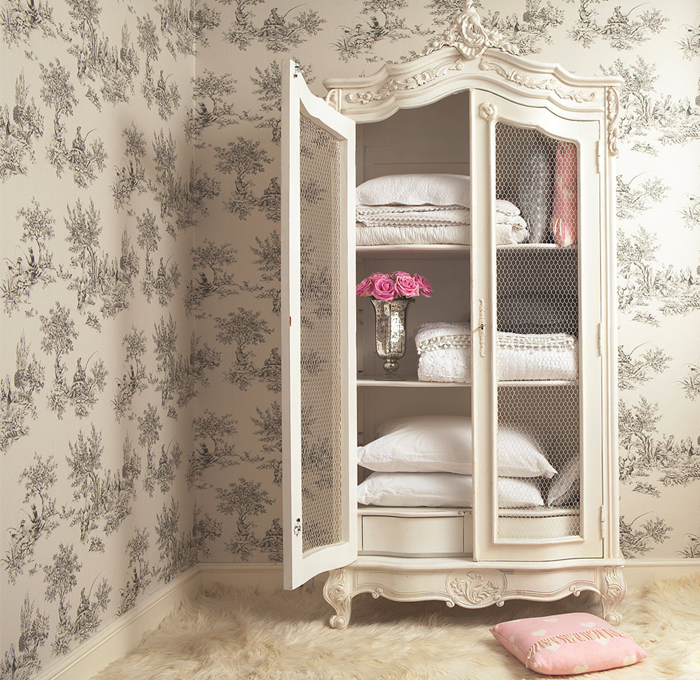 dulap vintage mobilier shabby chic