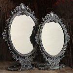 Oglinda pliabila pentru boudoir-ul tau