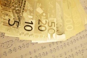 Bani cadou bancnote euro placate cu aur de 24k
