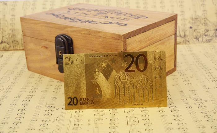 Bani cadou bancnota de 20 de euro placata cu aur de 24k