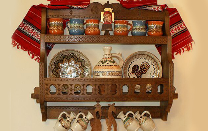 decoratiuni pentru bucatarie vase de lut cadouri traditionale romanesti