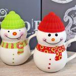Atmosfera festiva cu ceainice de Craciun