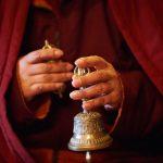 Bol cantator vs Clopotel tibetan de bronz