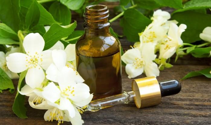Ulei de iasomie Beneficiile florilor de iasomie