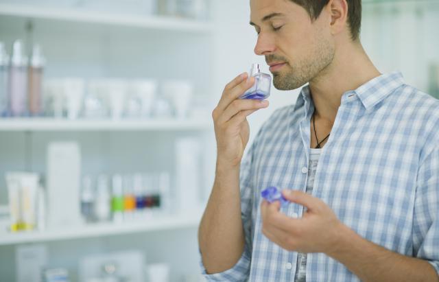 Cum alegi un parfum pentru barbati