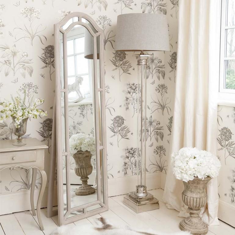 oglinda pentru amenajarea dormitorului