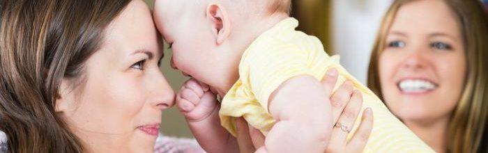 idei de cadouri pentru nasii bebelusului