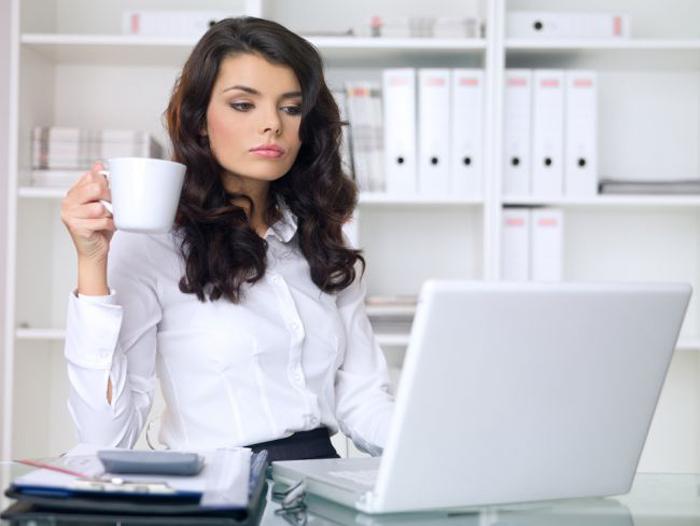 Idei de tinute pentru birou, fii observata la serviciu