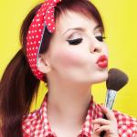 Cadouri pentru fete pasionate de make-up