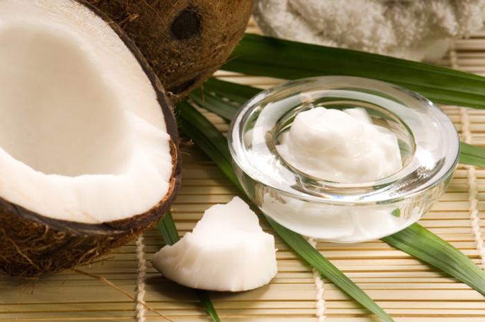 Uleiul de cocos.