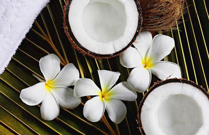 Uleiul de cocos, Piele fina si catifelata.