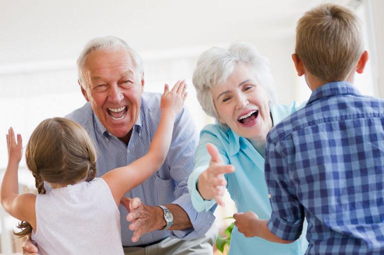 Cadouri pentru bunici,cadouri celor dragi