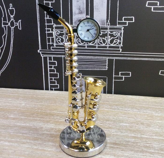 ceas-de-birou-saxofon-ceasuri-de-birou-minia