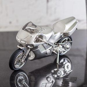 Idei de cadouri pentru motociclisti Juliana