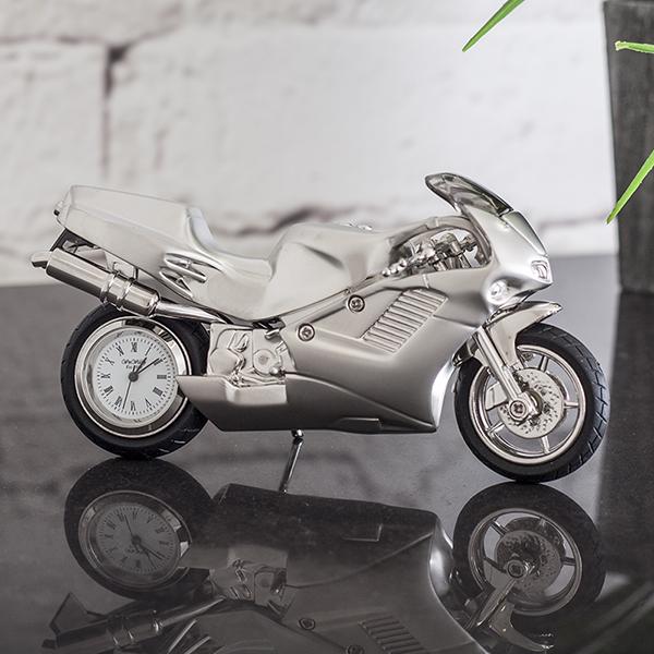 Idei de cadouri pentru motociclisti, cadouri speciale pentru tata