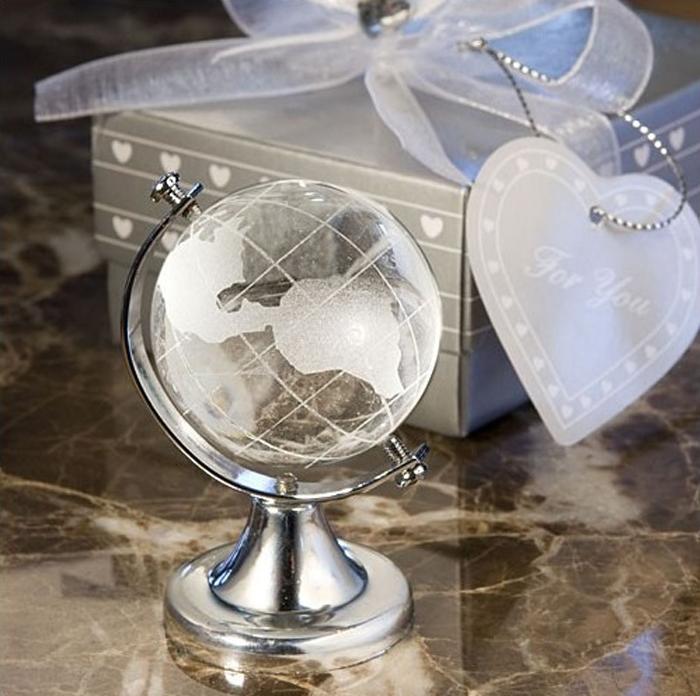 Marturii de botez din cristal. marturii de nunta ieftine