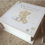 Caseta pentru amintirile bebelusului cu sertarase