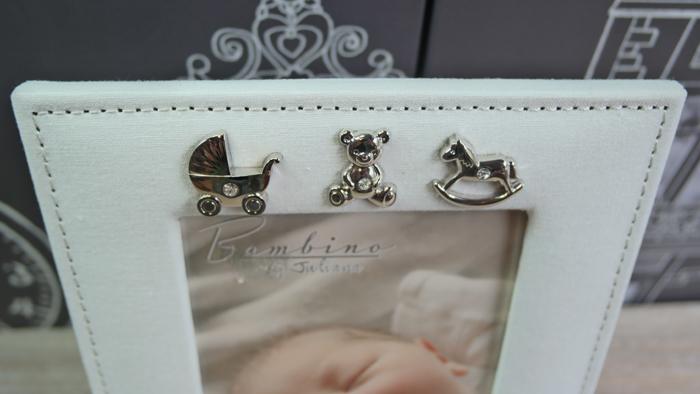 Rama de botez pentru bebelusi Bambino cu iconite argintate.