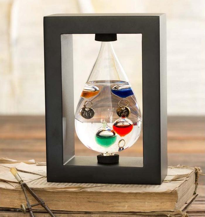 Idei de cadouri pentru barbati cu termometru Galileo Galilei
