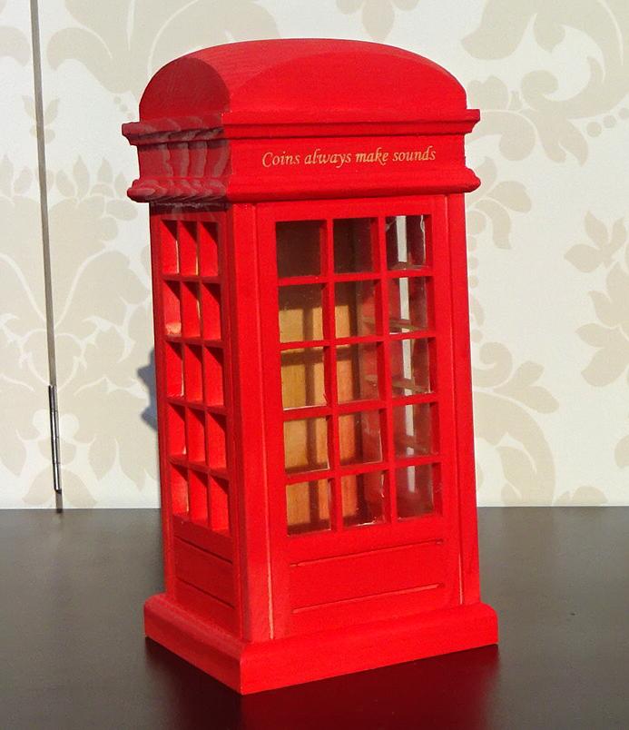 pusculita cabina telefonica rosie