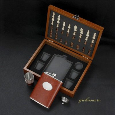 Sah set whisky in cutie de lemn